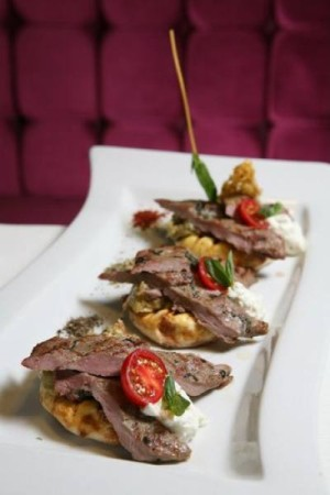 kinaliada-restaurant